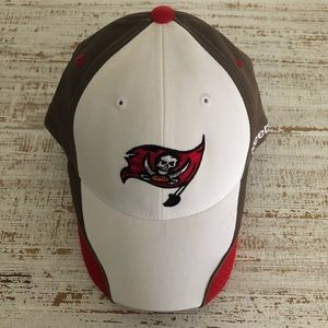Fitted White & Brown Tampa Bay Buccaneers Hat